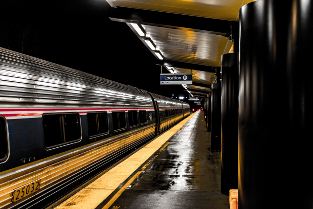 night train (C) Pexels Essow Kedelina
